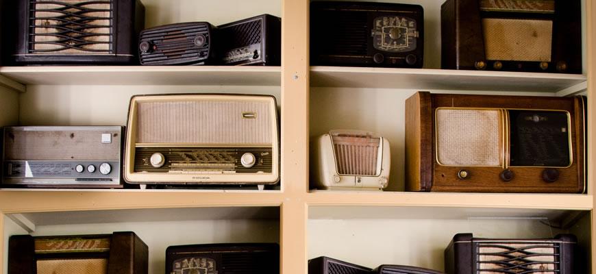 Música para radio sin...